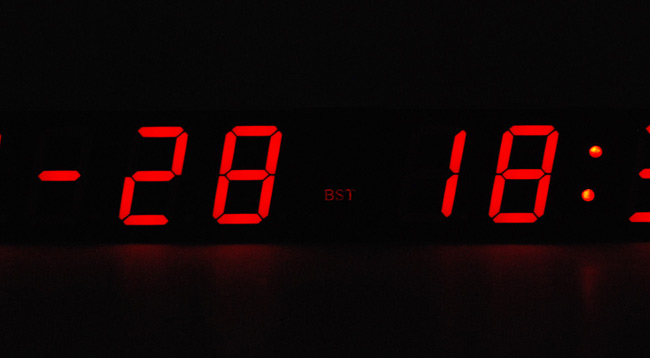 View of the relative brightnesses of the timezone indicator and the main digits